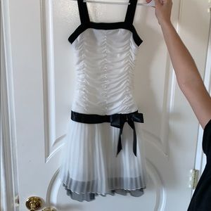 Dresses & Skirts - Black and White Going-Out Dress